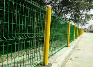 折弯网片围栏
